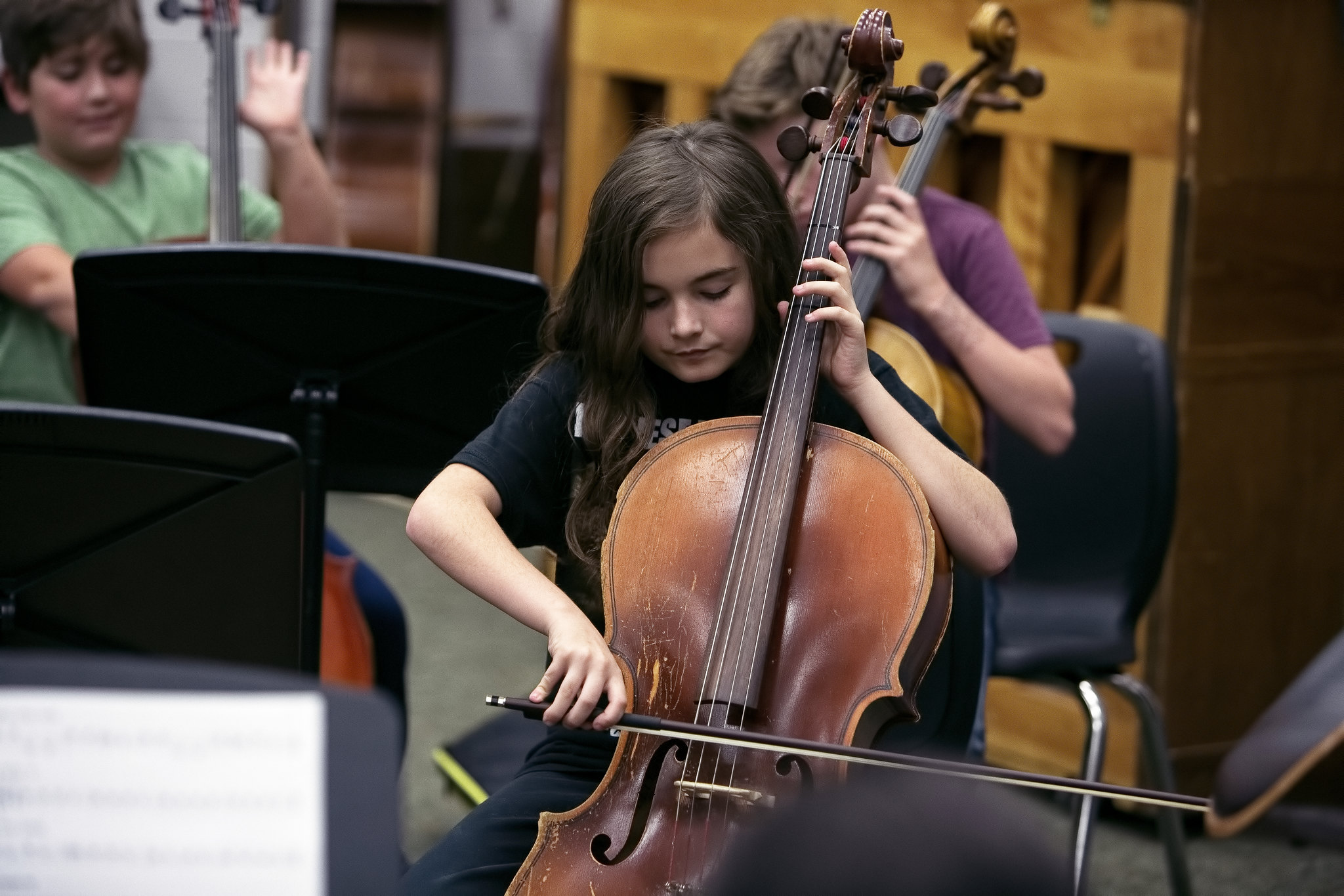 student playing cello